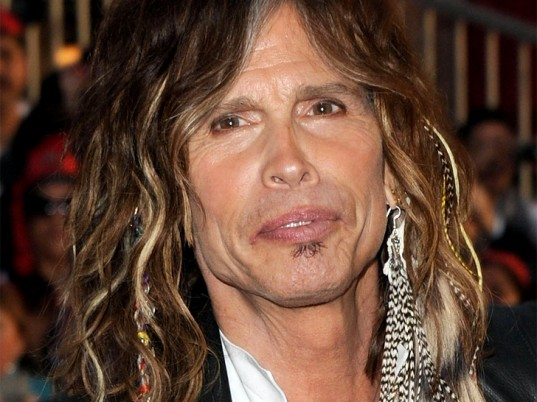 Sign our change petition now steven tyler stop wearing steven tyler feathers pmusecretfo Image collections