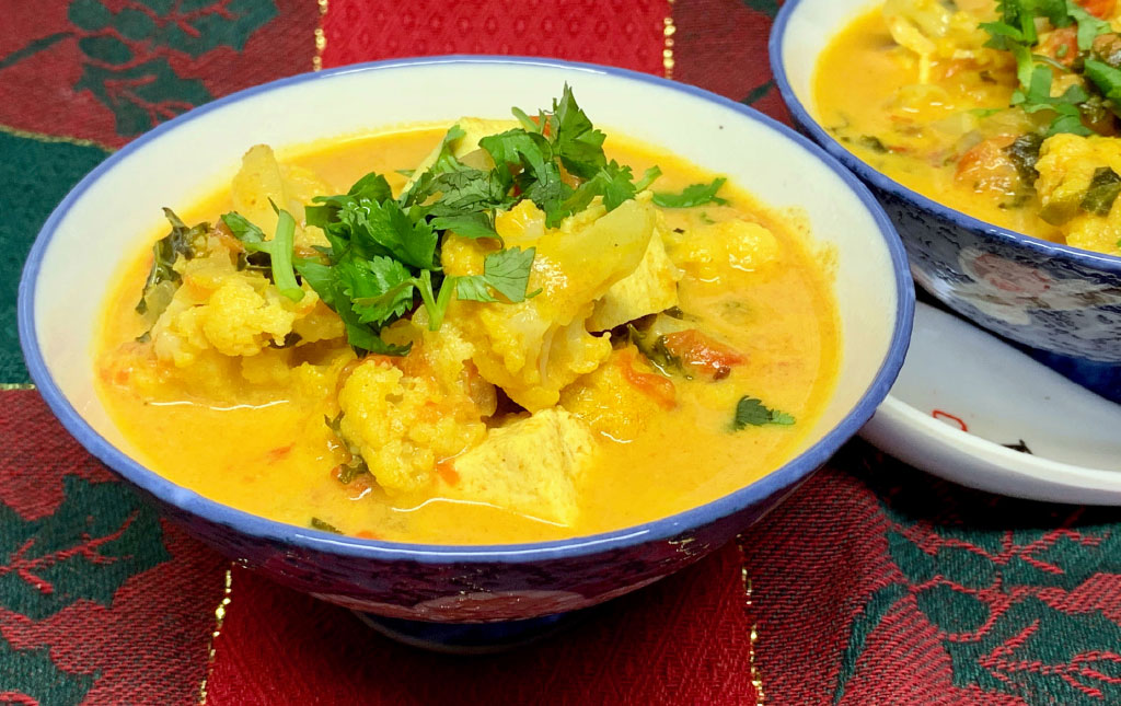 Quick Cauliflower Coconut Stew
